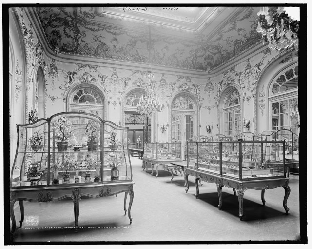 Jade Room at the Metropolitan Museum of Art (1907), photo by Detroit Publishing Co. (via Library of Congress)