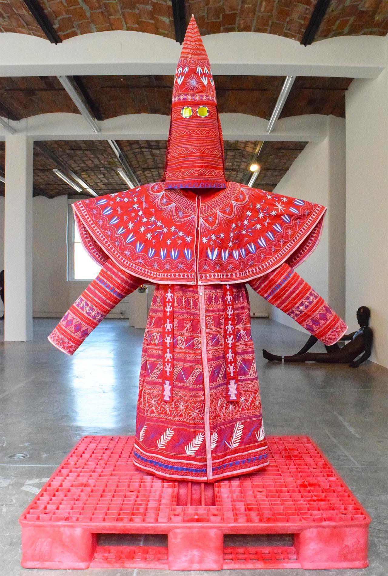 """Ignacio Gonzalez-Lang, """"Queens"""" (2009)"""