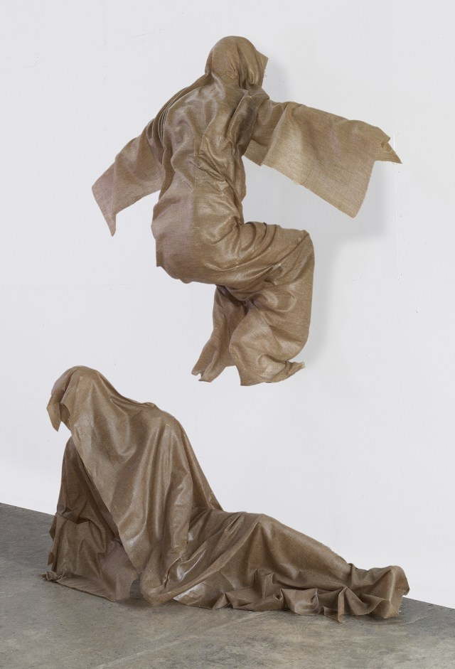 """Robert Morris, """"For Otto"""" (2014–15), linen and resin, 91 x 68 x 37 inches (click to enlarge)"""