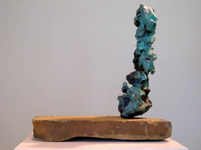 "Lynda Benglis, ""Seascape"" (1991), bronze on rock, 21 x 10 x 7"" (courtesy the artist and Cheim & Read, New York)"