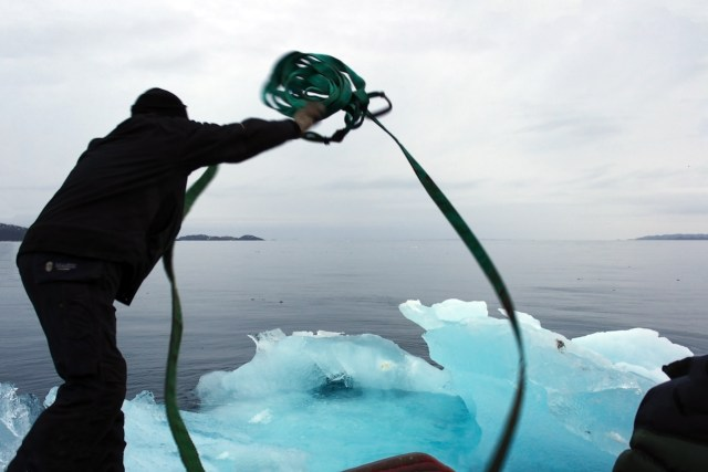 Harvesting ice floating in Nuup Kangerlua, Greenland (photo by Group Greenland, © 2015 Olafur Eliasson)