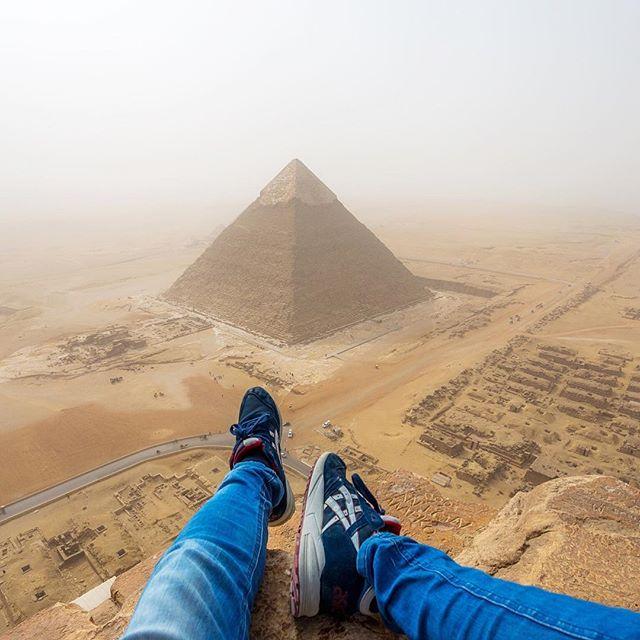 Andrej Ciesielski's view of the Pyramid of Khafre (screenshot via @andrejcie/Instagram)