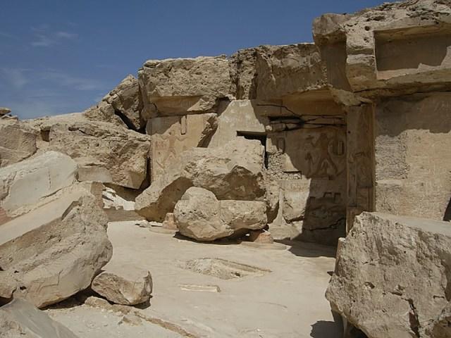 The tomb of Djehutihotep at Dayr al-Barsha (photo by Roland Unger, via Wikimedia Commons)