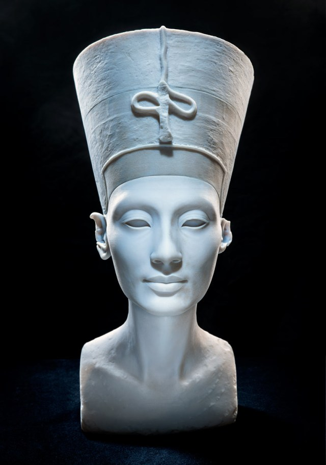 3D-printed bust of Nefertiti