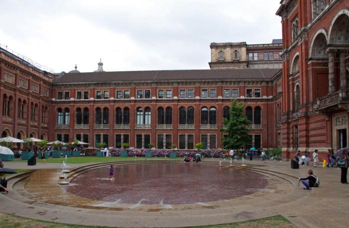 The Victoria and Albert Museum, London 2010. Photo by Tony Hisgett via Flickr