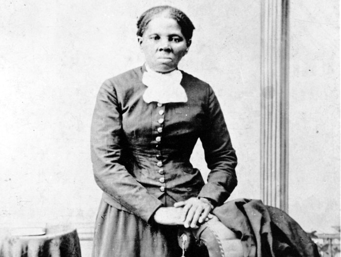 Harriet Tubman photographed by H. B. Lindsley (1860-75) (via Library of Congress/Wikimedia)