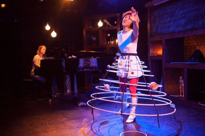 Hai-Ting Chinn in 'Science Fair: An Opera With Experiments' (© Kate Milford)