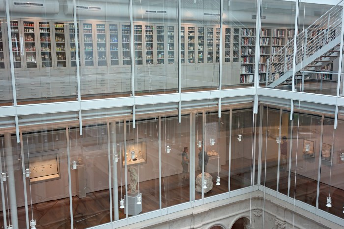 Forbes Pigment Collection in the Harvard Art Museums (photo by the author for Hyperallergic)
