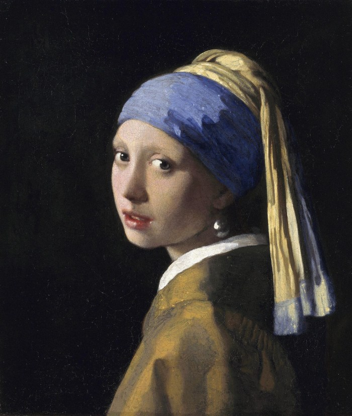 """Johannes Vermeer, """"The Girl with a Pearl Earring"""" (1665), oil on canvas. Lapis lazuli was used on the blue of her turban. (via Royal Picture Gallery Mauritshuis/Wikimedia)"""