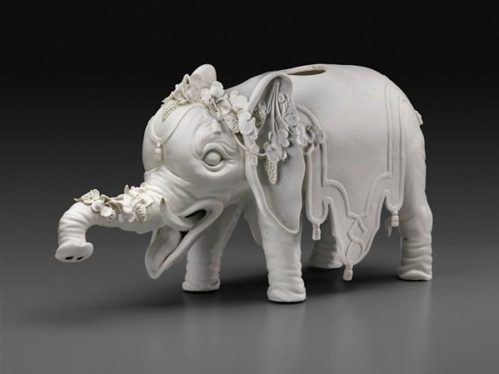 Du Paquier Porcelain Manufactory Elephant Wine Dispenser, ca. 1740 Du Paquier porcelain 9 1/8 × 18 1/4 × 6 in. (23.2 × 46.4 × 15.2 cm) Collection Melinda Martin Sullivan and Paul R.C. Sullivan, M.D. 2016.15.99