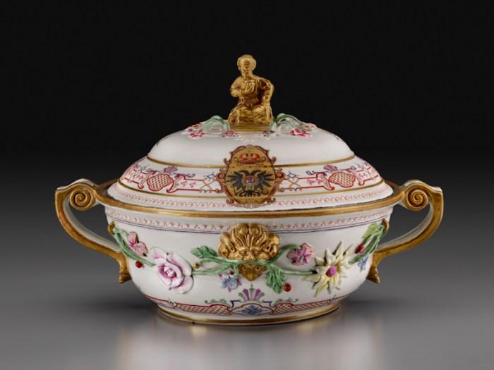 Du Paquier Porcelain Manufactory Large Round Tureen from the Service for Czarina Anna Ivanovna, 1735 Du Paquier porcelain 9 1/8 × 14 3/8 × 11 3/8 in. (23.2 × 36.5 × 28.9 cm) Collection Melinda Martin Sullivan and Paul R.C. Sullivan, M.D. 2016.15.101
