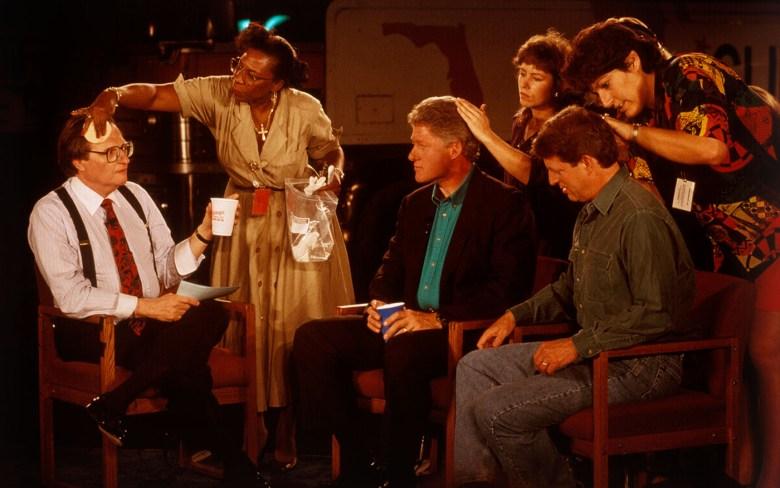 David Burnett, [Larry King, Bill Clinton, and Al Gore preparing for a television interview] (1992) (© David Burnett/Contact Press Images)