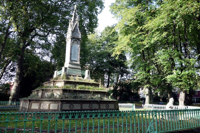 The Angela Burdett-Coutts Memorial fountain and sundial at St Pancras Old Church, London, one of the sites recognized by Historic England for its LGBTQ history (photo by the author for Hyperallergic)
