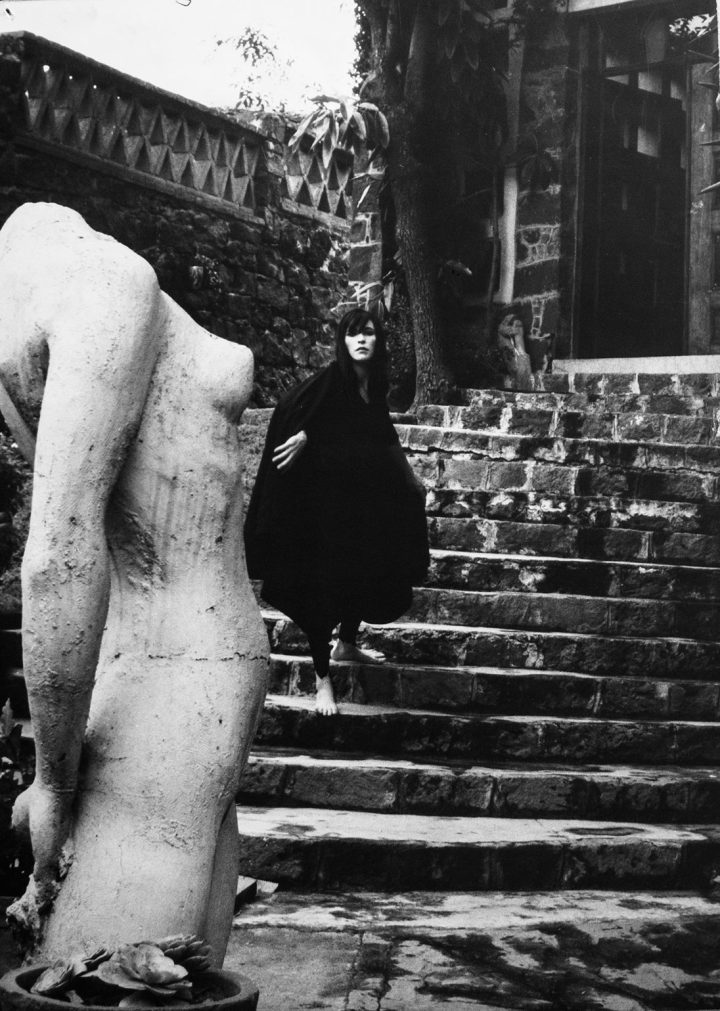 Kati HornaHistoria de un vampiro: sucedió en Coyoacán en 1962(Story of a Vampire: It Happened in Coyoacán in 1962), 1962Gelatin silver print10 x 13 ¾ in. Private collection, Mexico City© 2005 Ana María Norah Horna y Fernández