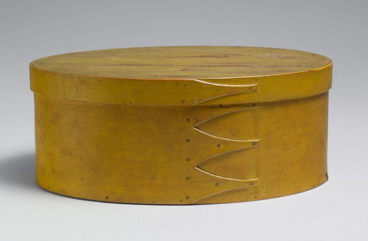 Oval box (1800–1900), maple, pine (courtesy Metropolitan Museum of Art, Friends of the American Wing Fund, 1966)