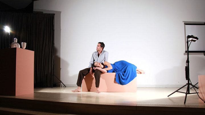 "Shana Lutker, ""The Average Mysterious and The Shirt Off Its Back"" (2015), performance, October 29, 2015, Hirshhorn Museum and Sculpture Garden, Washington D.C. (via hauserwirthschimmel.com)"