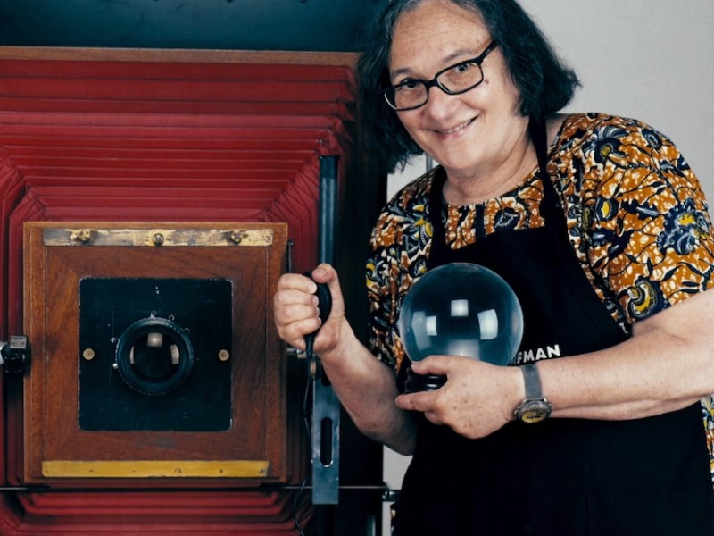 Still from The B-Side: Elsa Dorfman's Portrait Photography (2016) (courtesy NEON)