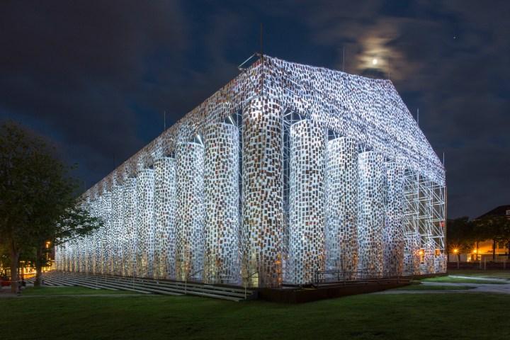 "Marta Minujín, ""The Parthenon of Books"" (2017), steel, books, and plastic sheeting, Friedrichsplatz, Kassel, Documenta 14 (photo by Roman März, courtesy Documenta)"