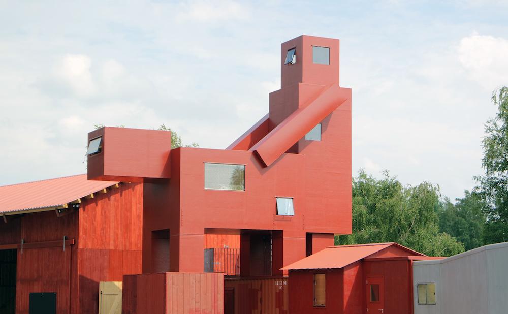 "Atelier Van Lieshout, ""Domestikator"" (2015) (all photos courtesy Carpenters Workshop Gallery, © Patrick Skrypczak)"