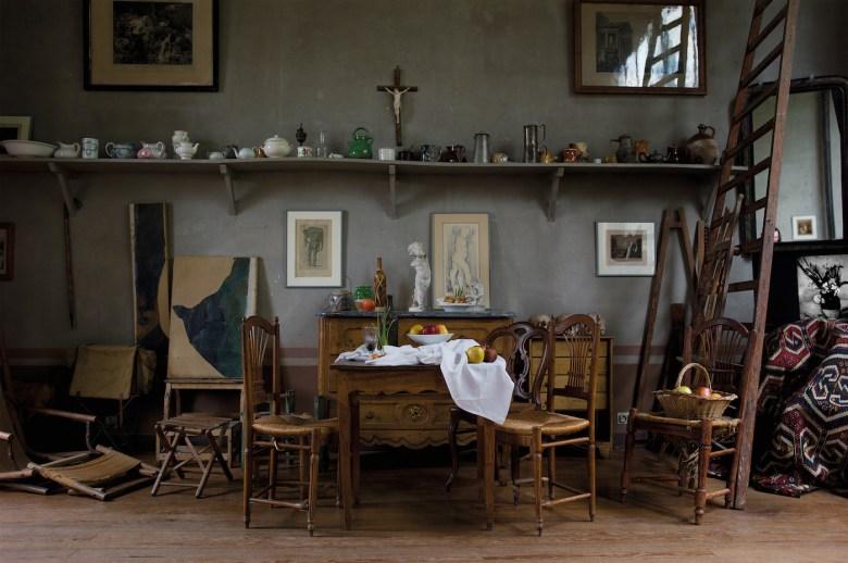 "Joel Meyerowitz, ""Atelier Interior"" (2011), from <em srcset="