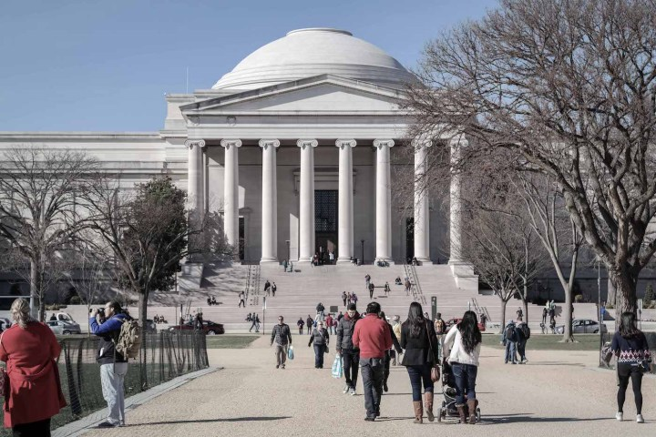 The National Gallery of Art in Washington, DC (photo by Smash the Iron Cage, via Wikimedia Commons)