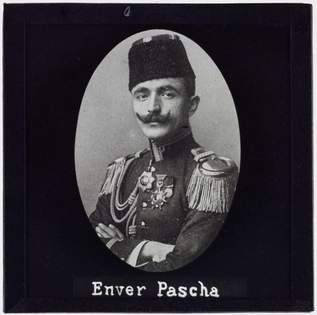 Enver Pascha (1900)