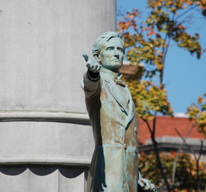 A Museum Once Led By a Major Confederate Sculptor Wants to Display a Defaced Jefferson Davis Monument