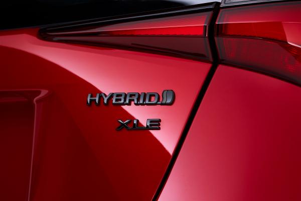 toyota to bring three new electrified vehicles to u s market hyperedge embed image