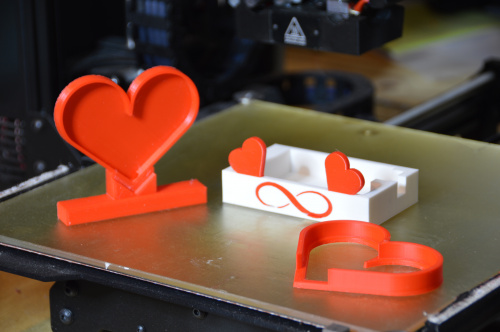 3D parts on printer bed