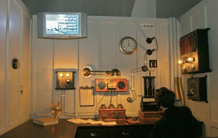 A reproduction of Marconi's wireless system in the RSS Titanic.