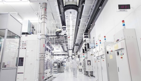 Cleanroom of GlobalFoundries
