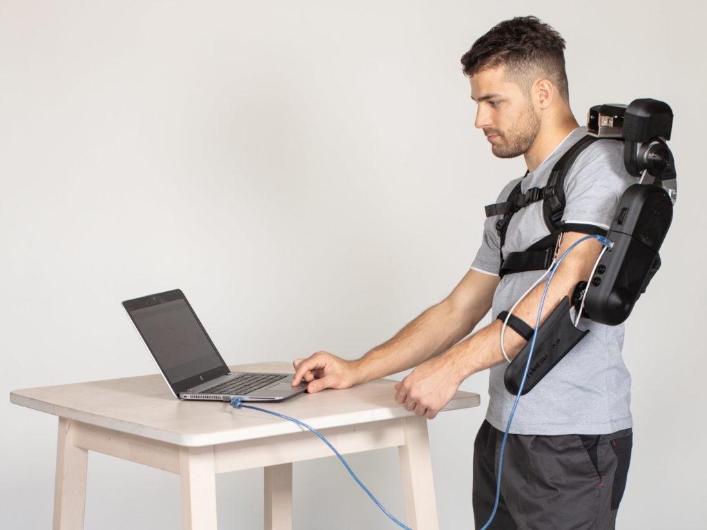eduexo pro is an arduino controlled robotic exoskeleton kit thats now on kickstarter hyperedge embed