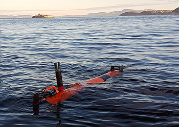 Lightweight automous vehicle go subsea sniffing for plankton