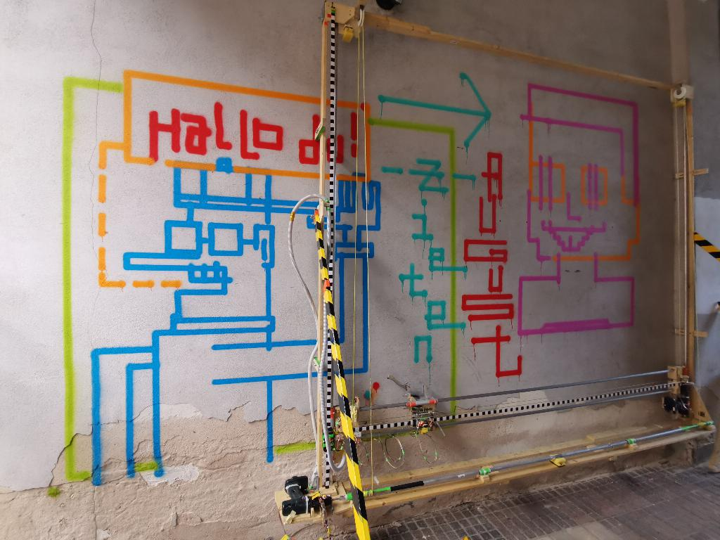 vektorkollektor is a mobile vector drawing machine powered by arduino 2 hyperedge embed