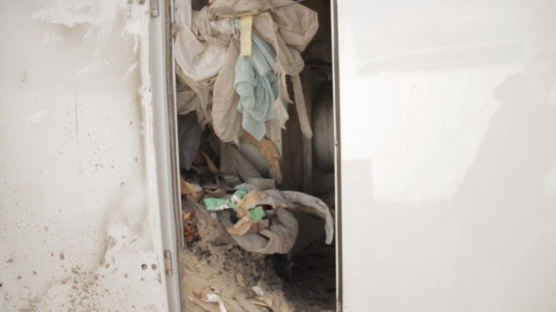 The old style duct trucks had a messy storage area where dirt and debris accumulated, creating rust, unneeded weight and were tedious to empty.