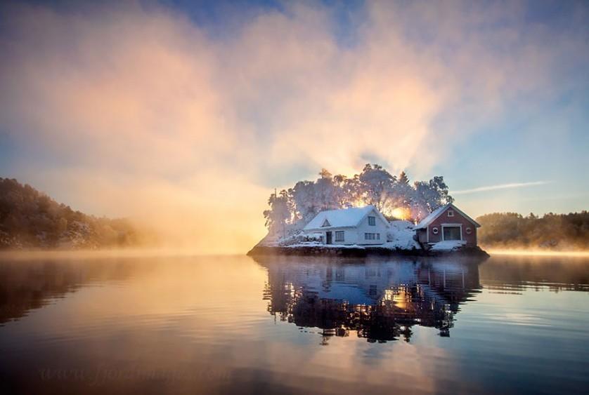 casas-solitarias-cobertas-de-neve-30