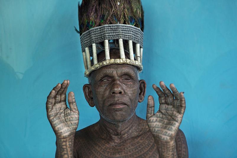 """""""O chefe dos Ramnami"""" levou menção honrosa. Fotografado por Mattia Oassarini em Chhattisgarh, na Índia"""
