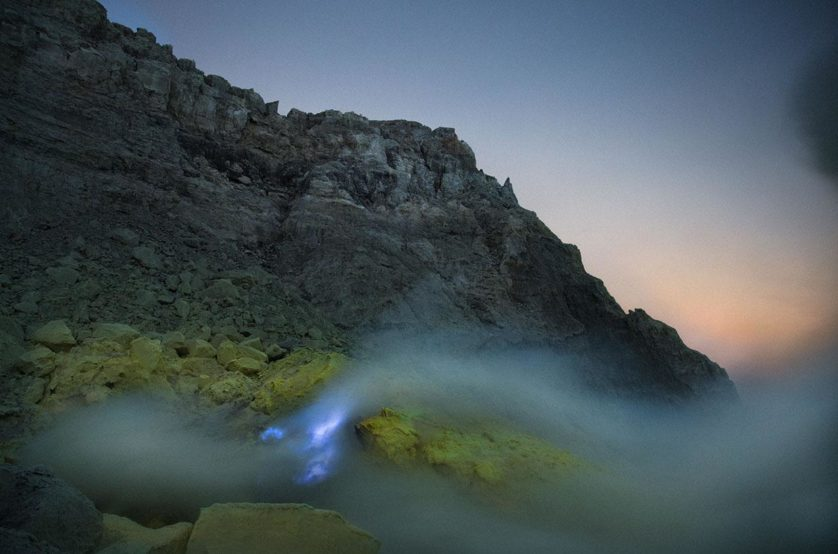 vulcao lava azul (6)