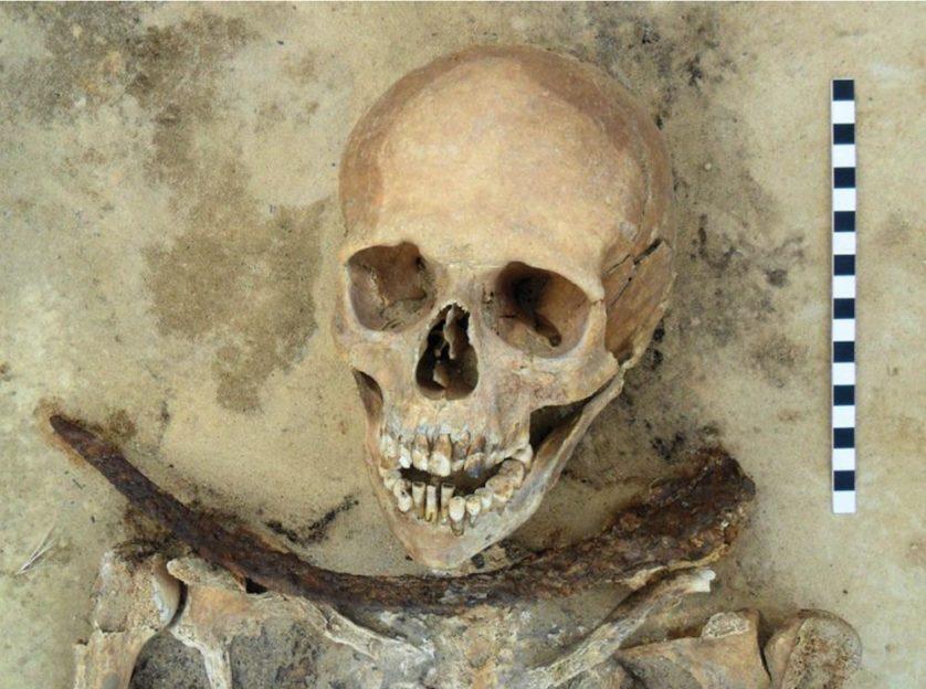 esqueletos demonios (7)