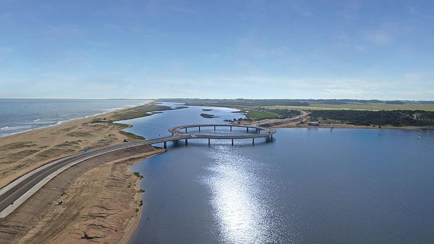 https://i2.wp.com/hypescience.com/wp-content/uploads/2016/01/ponte-circular-uruguai-2.jpg