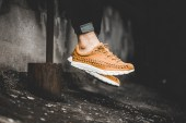 nike-833132-007-mayfly-woven-curry-1