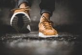 nike-833132-007-mayfly-woven-curry-4