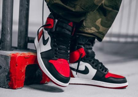 """Nike Air Jordan 1 High Retro """"Bred Toe"""""""