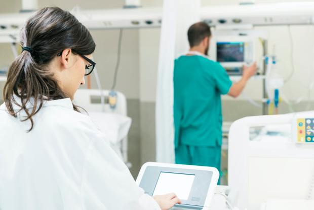 Medical assistant working with the medical technology Equipment