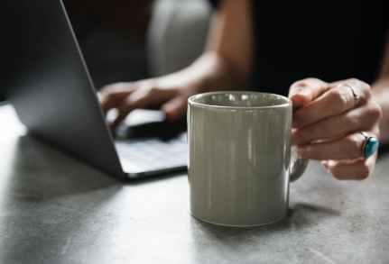 Hypnose online, coaching online, Psychologische Beratung online und Rückführung online