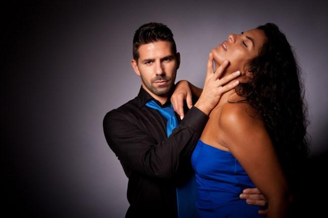 """Coaching sexy et Hypnose Érotique : Soyez dominant! Booster votre charisme avec l'hypnose! développer votre leadership pour la/le diriger vers des états internes, vraiment excitants, et devenir celui qui à ses yeux créeé le bon contexte! Les suggestions pour augmenter la température! Le dirty talk pour ajouter encore plus d'excitation et lui permettre temporairement de se sentir encore plus """"cochonne"""", """"Salope"""", ... Faites ressortir la """"femme sauvage"""" qui dort en elle! Par SB Hypnose érotique sur Paris , Bourg-La-Reine (92340), Hypnose à Fresnes, Hypnose au Plessis-Robinson, Hypnose à Montrouge ,Hypnose à Antony, Hypnose à Gentilly, Hypnose à Malakoff, Hypnose à Villejuif, Hypnose à Clamart, Hypnose à Châtenay-Malabry, Hypnose à Rungis , Hypnose au Kremlin-Bicêtre"""
