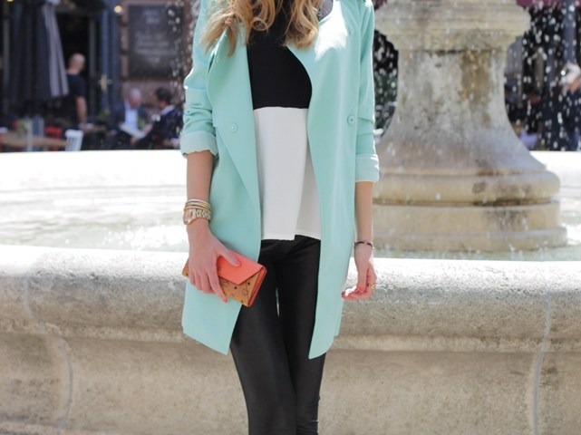 Mint Trenchcoat Outfit 2
