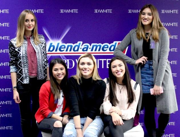 Deutschlands bekanntesten Youtuber, Volker und Blogger beim 3D White Whitestipes Event von Oral-B und blend-a-med.