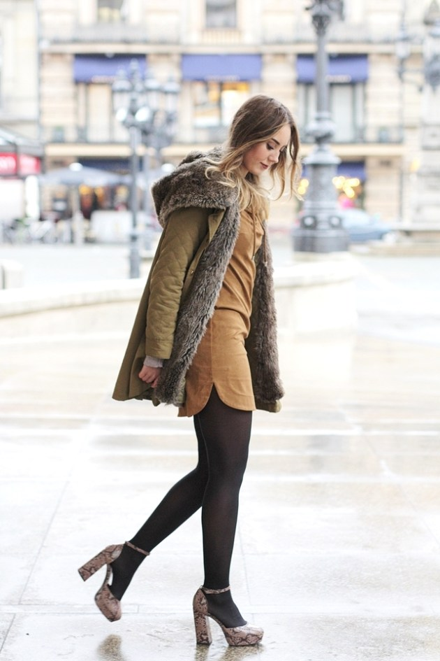 Deutscher Modeblog aus Frankfurt zeigt einen Look mit Schnürkleid. Herbst Outfit mit Schnürkleid von german Fashion Bloggerin Helena.