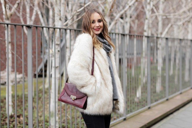 Modeblog-German-Fashion-Blog-Outfit-Fake-Fur-Jacke-8